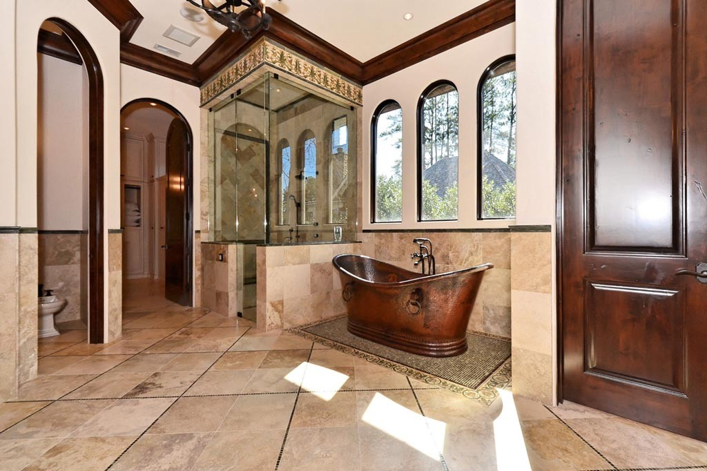 4Best-Master-Bathrooms-of-Lake-Norman-1