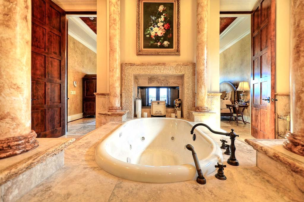 Best-Master-Bathrooms-of-Lake-Norman-1